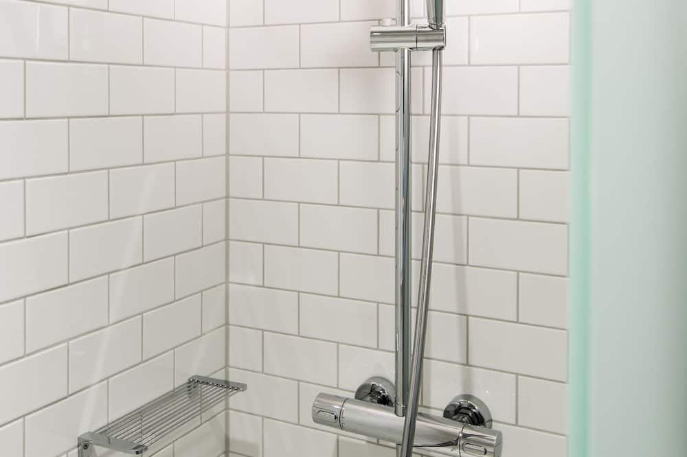 Standard szoba (penta) - Fürdőszoba