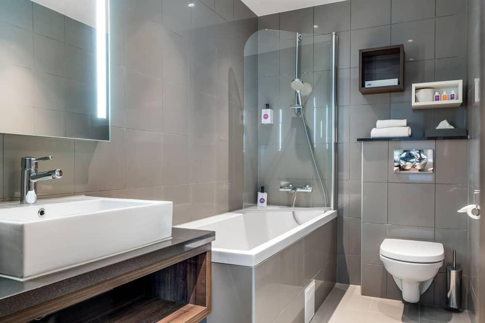 Phòng Superior, 1 giường đôi, Không hút thuốc - Phòng tắm