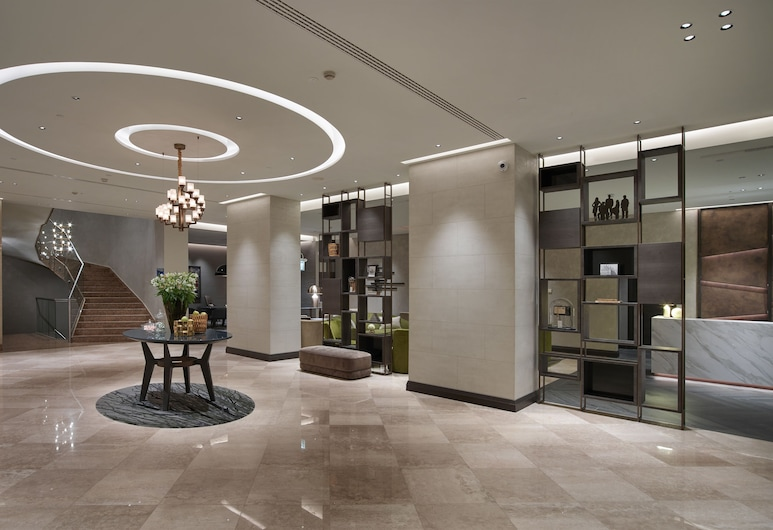 米蘭希爾頓飯店, 米蘭, 入口