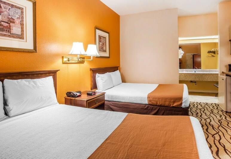 Budgetel Inn & Suites, Augusta, Standard Oda, 2 Çift Kişilik Yatak, Sigara İçilmez, Oturma Odası