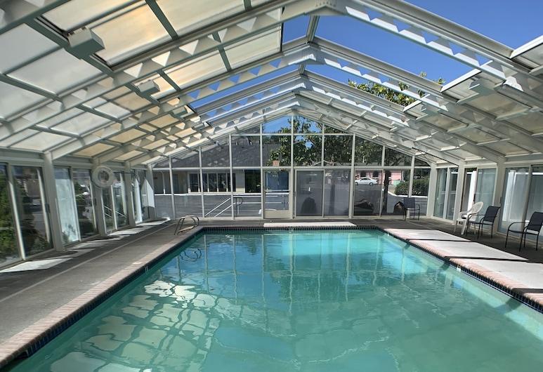 Brookings Inn Resort, Brookings, Baseinas