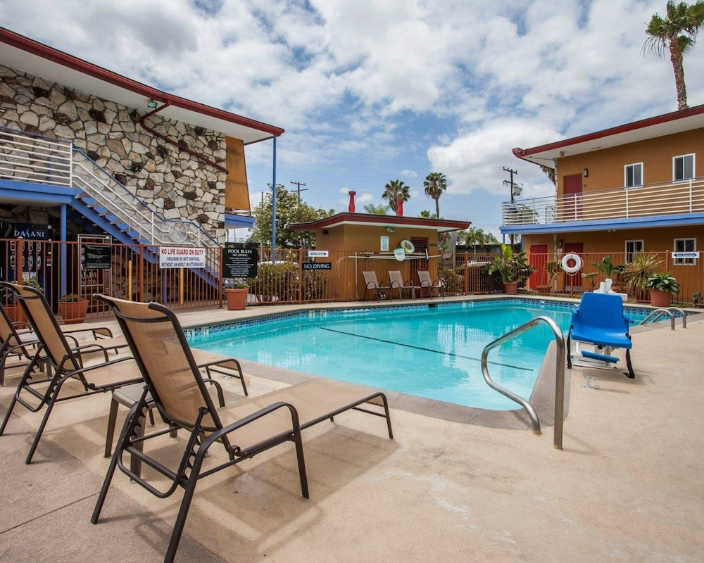 Book Quality Inn & Suites Anaheim At The Park in Anaheim | Hotels.com