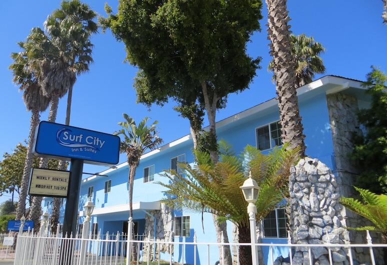 Surf City Inn and Suites, Santa Cruz, Otelin Önü