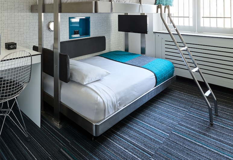 Pod 51, New York, Standard Bunk Bed Room, Shared Bathroom, Guest Room