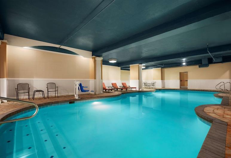 Country Inn & Suites by Radisson, Virginia Beach (Oceanfront), VA, Virginia Beach, Indoor Pool