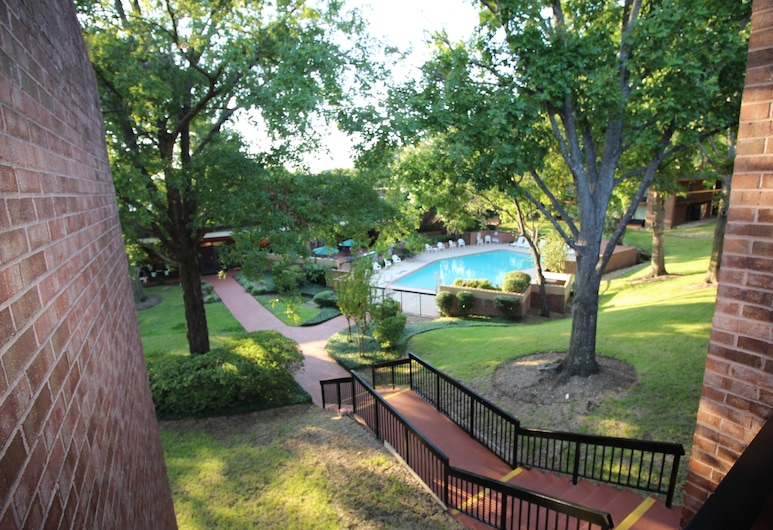 Magnuson Grand Hotel and Conference Center Tyler, Tyler, Buitenzwembad