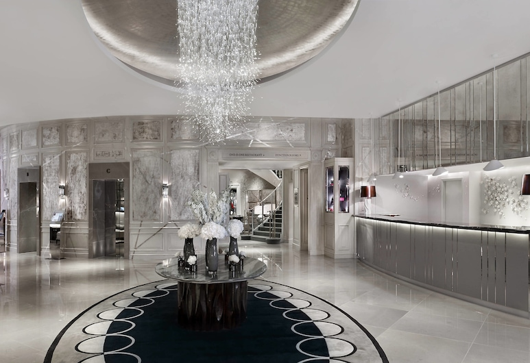 The Park Tower Knightsbridge, A Luxury Collection Hotel, London, Fuajee