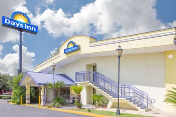 Picture of Days Inn by Wyndham Tallahassee University Center in Tallahassee