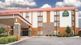Choose This Cheap Hotel in Wytheville