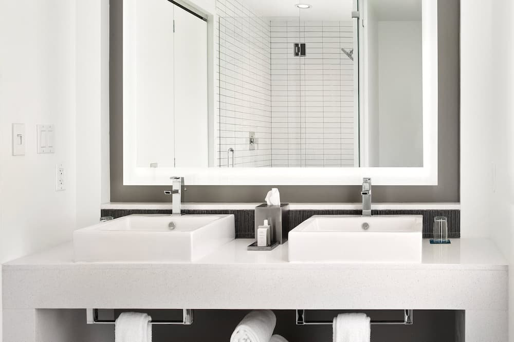 Suite, 1King-Bett und Schlafsofa (Grand Luxury Suite) - Badezimmer
