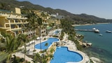 Reserve this hotel in Acapulco, Mexico