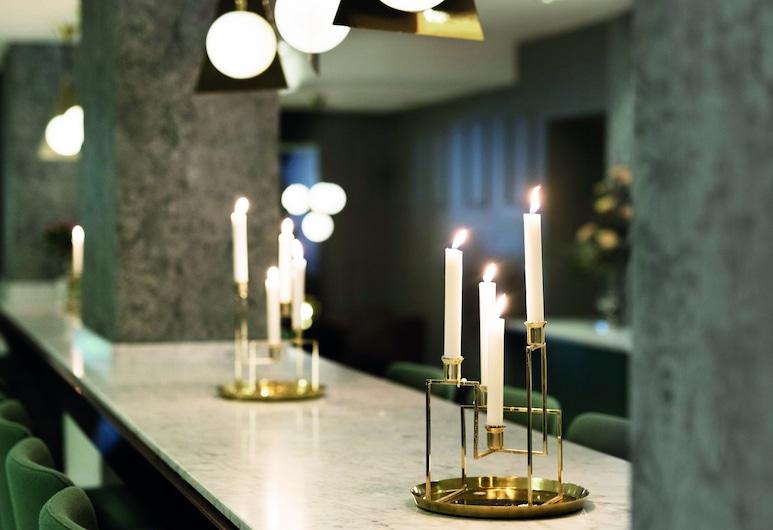 Elite Grand Hotel Norrköping, Norrkoping, Sohvabaar fuajees