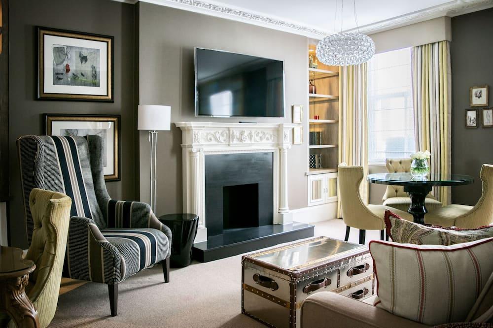 Two Bedroom Suite - Guest Room