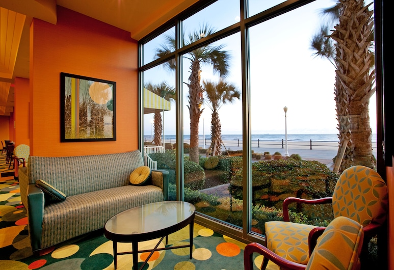 Holiday Inn Express Hotel & Suites Va Beach Oceanfront, Virginia Beach, Lobby