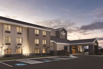 Picture of Country Inn & Suites by Radisson Erie in Erie