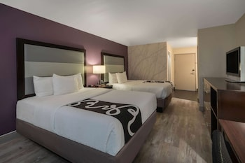Enter your dates to get the Fort Collins hotel deal