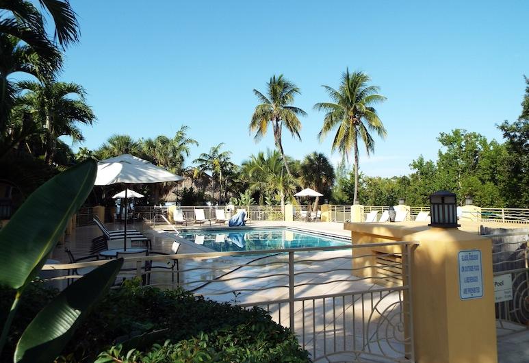 Hampton Inn Key Largo Manatee Bay, Key Largo, Phòng, 2 giường đôi, Quang cảnh hồ bơi, Quang cảnh phòng