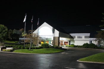 Picture of DoubleTree Suites by Hilton Hotel Dayton - Miamisburg in Miamisburg