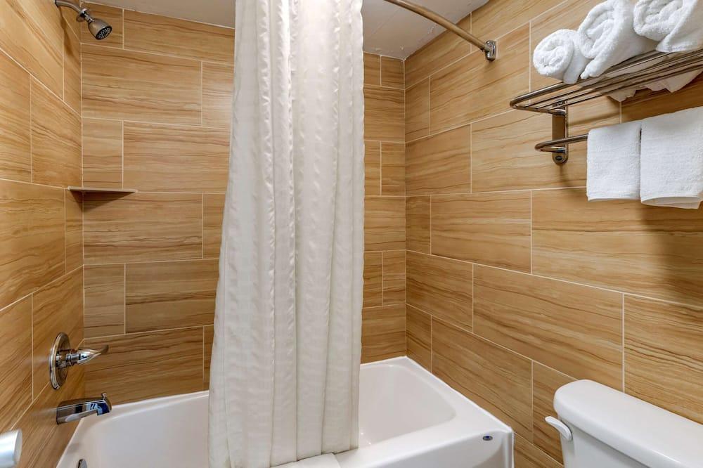 Standard Double Room, 2 Katil Kelamin (Double), Smoking - Bilik mandi