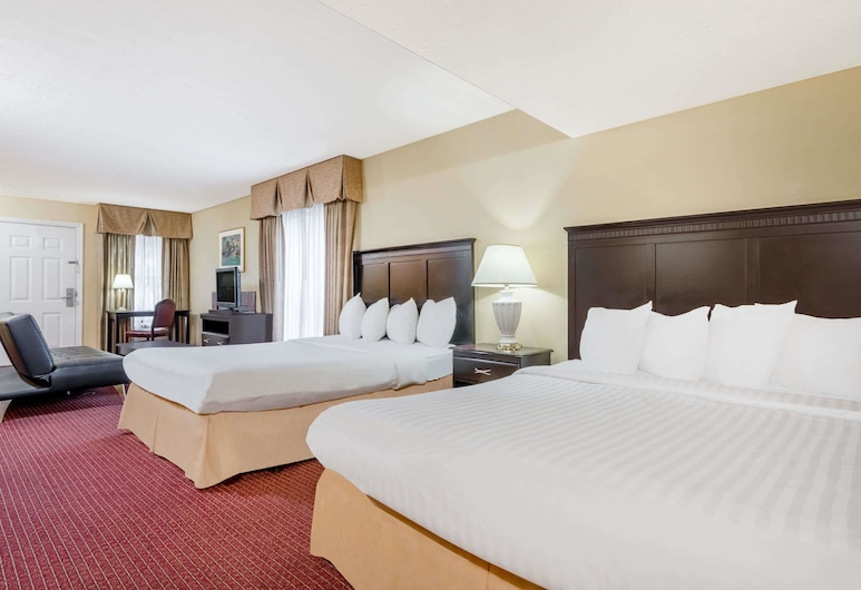 Hawthorn Suites by Wyndham Columbus North, Columbus, Executive Studio Suite, 2 Queen Beds, Non Smoking, Guest Room