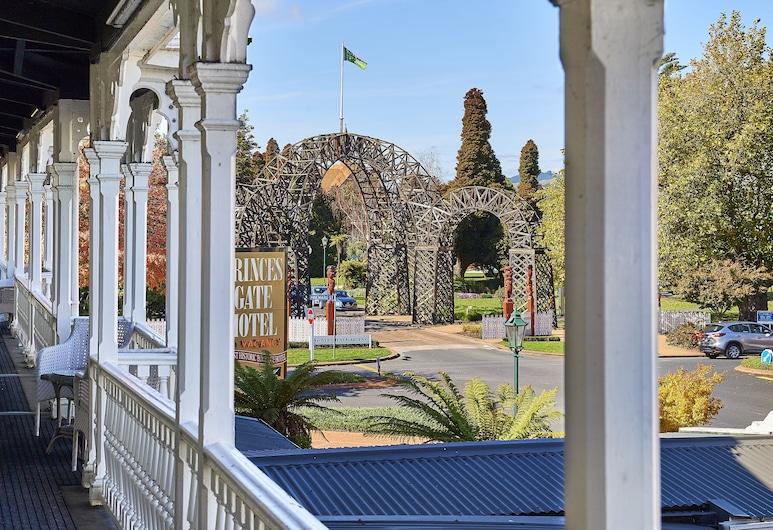 Prince's Gate Hotel, Rotorua, Terras