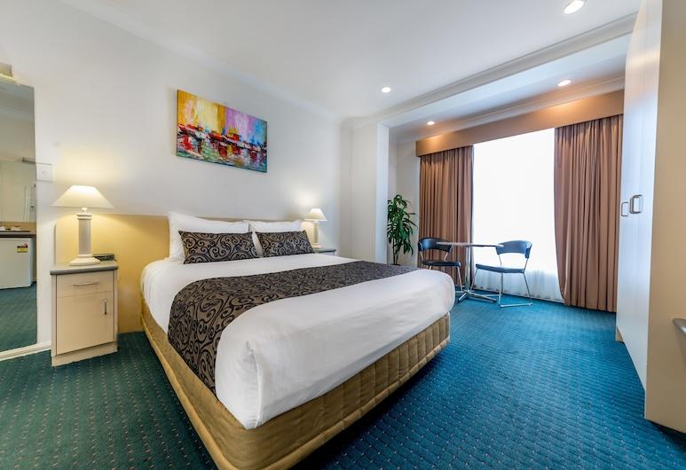 Melbourne's Princes Park Motor Inn, Brunswick, Suite, bañera de hidromasaje, Habitación