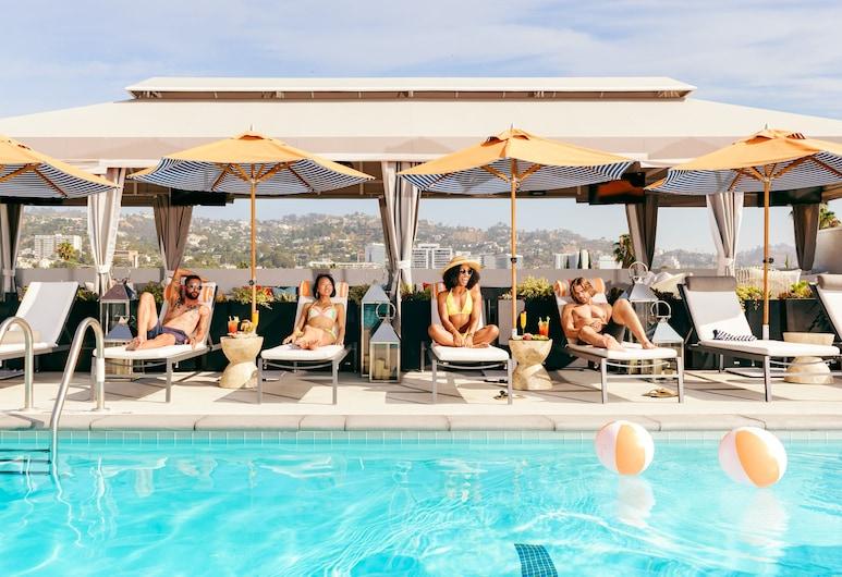لو بارك سويت هوتل, ويست هوليوود, حمام سباحة على السطح