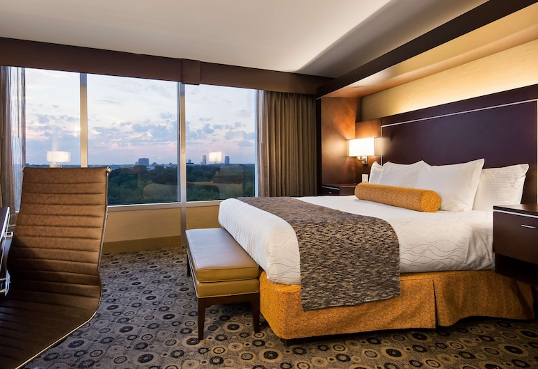 Best Western Premier Executive Residency Detroit Southfield Hotel, Southfield, Suite, 1 King Bed, Non Smoking, Refrigerator & Microwave (Penthouse), Guest Room