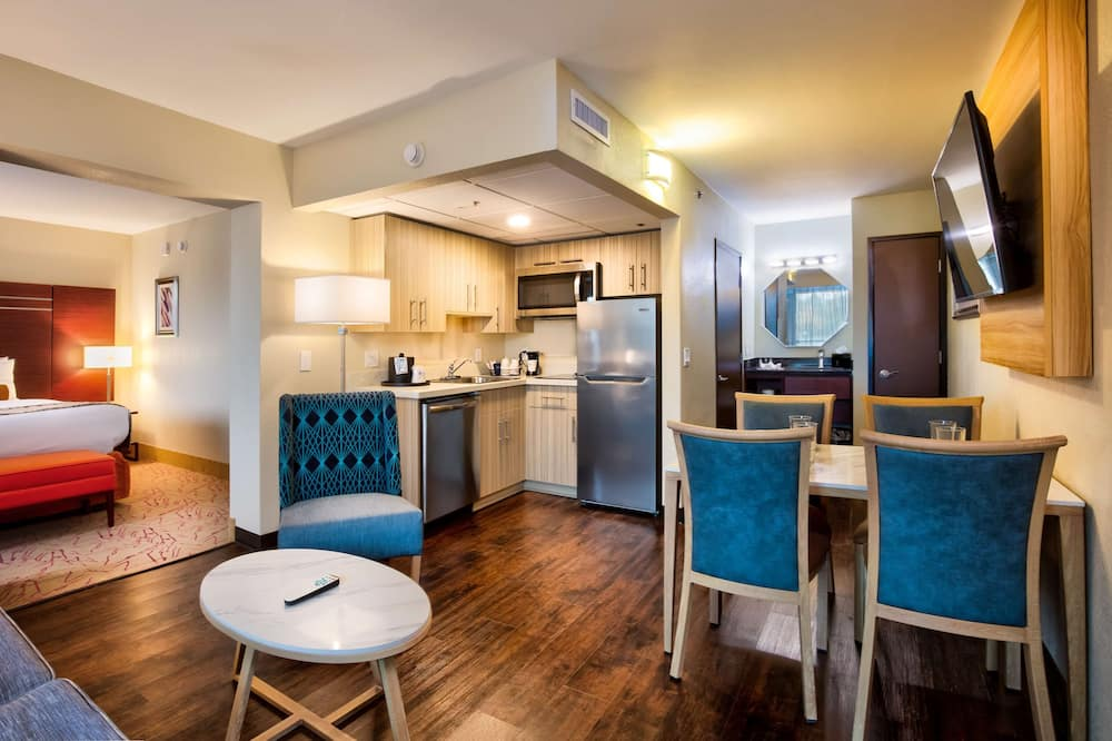 Standaard kamer, 1 kingsize bed, niet-roken, keuken (with Single Sofabed) - Woonruimte