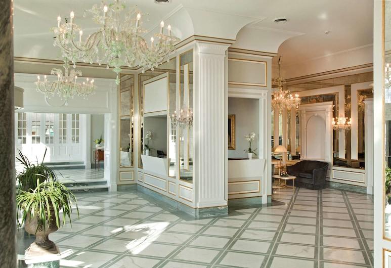 Grand Hotel Santa Lucia, Napoli, Hotellet innvendig