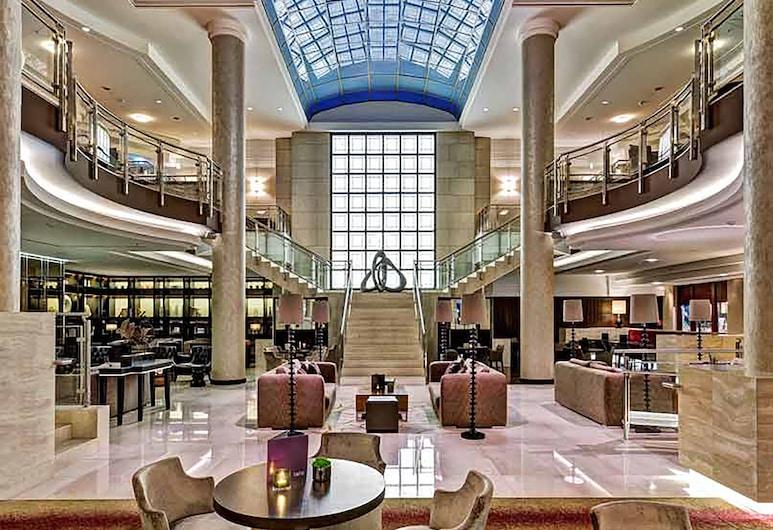 Hilton Berlin, Berlin, Hall