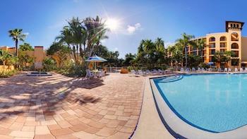 布拉登頓佈雷登頓薩拉索塔湖濱萬怡酒店的圖片