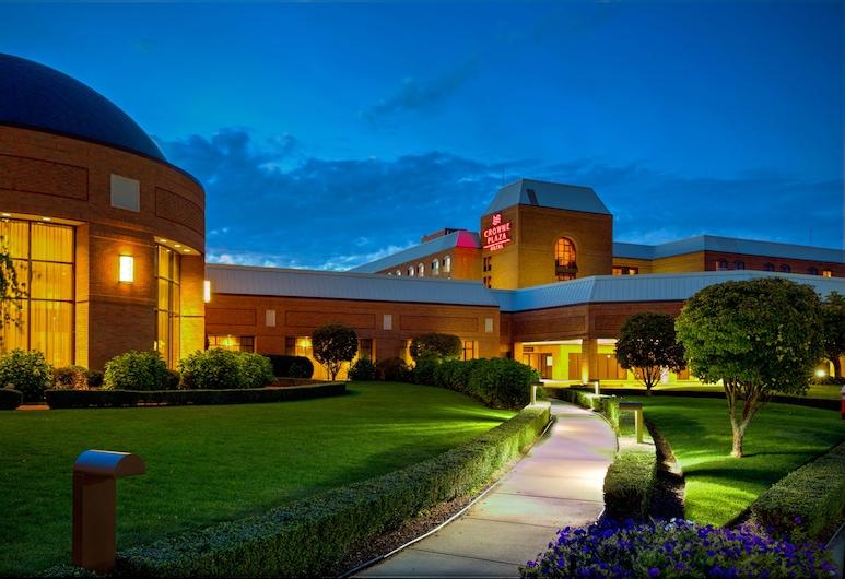 Crowne Plaza Providence-Warwick Airport, an IHG Hotel, Warwick