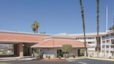 Reserve this hotel in Pomona, California
