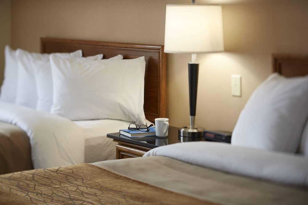 Standard-huone, 2 parisänkyä - Vierashuone