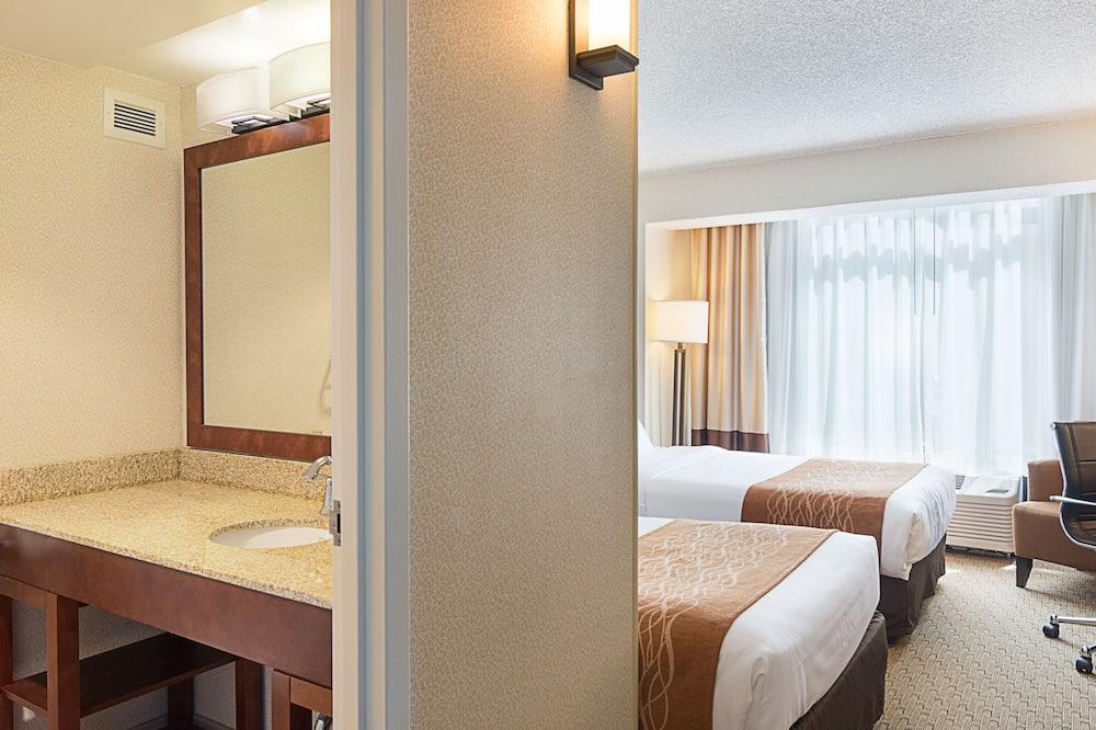 Традиційний номер, 2 односпальних ліжка, без краєвиду - Ванна кімната