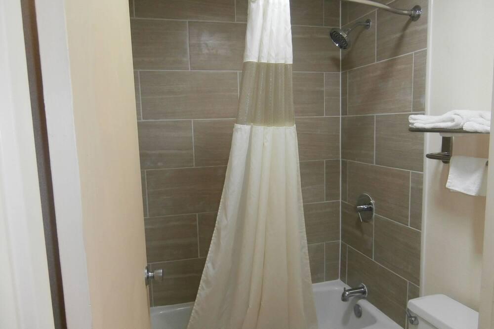 客房, 2 張標準雙人床, 吸煙房 - 浴室