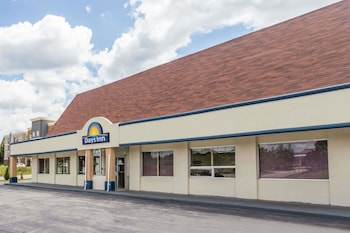 Picture of Days Inn by Wyndham Christiansburg in Christiansburg