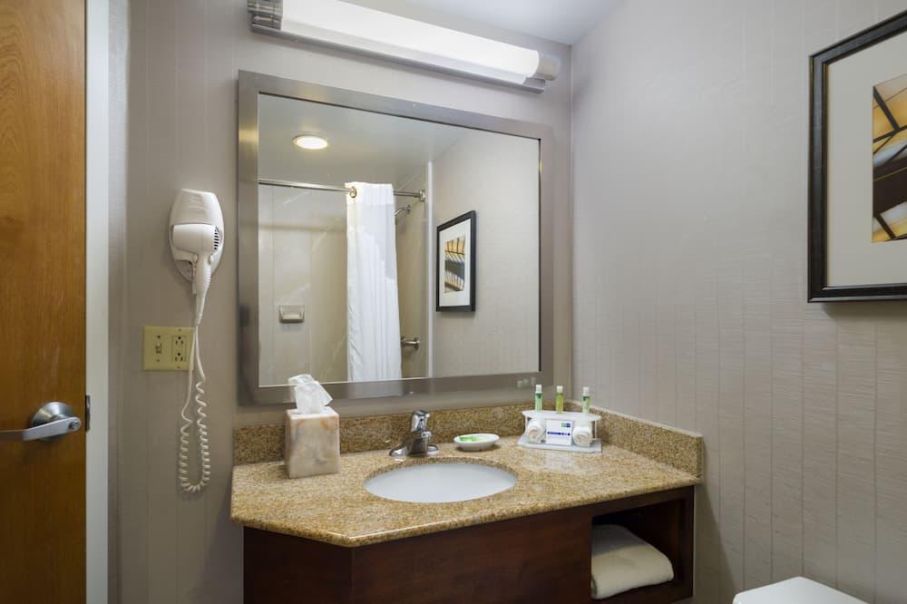 標準客房, 2 張加大雙人床 (SPA) - 浴室