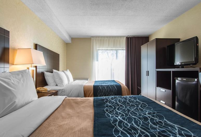 Comfort Inn Trois-Rivières, טרואה-ריבייר, חדר סטנדרט, 2 מיטות זוגיות, ללא עישון, קומת קרקע, חדר אורחים