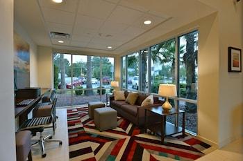 A(z) Hawthorn Suites by Wyndham El Paso Airport hotel fényképe itt: El Paso