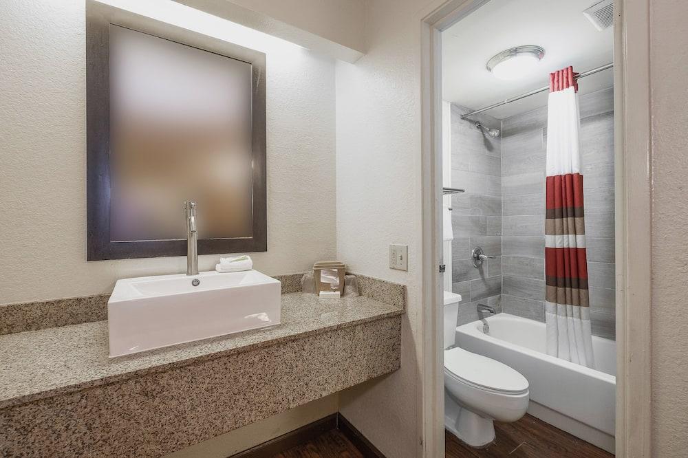 豪華客房, 2 張標準雙人床, 吸煙房 - 浴室