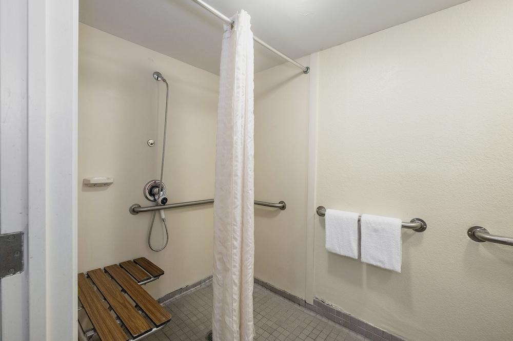 Baño para personas con discapacidad