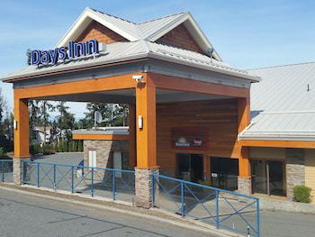 Picture of Days Inn by Wyndham Nanaimo in Nanaimo