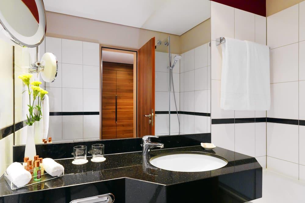 行政客房, 1 張加大雙人床, 非吸煙房 - 浴室