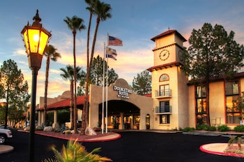 Picture of DoubleTree Suites by Hilton Tucson Airport in Tucson