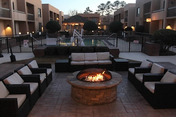 Picture of Courtyard by Marriott Atlanta Northlake in Tucker