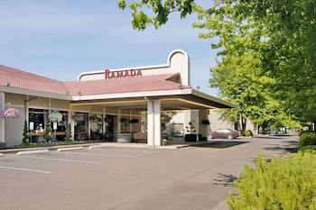 Picture of Ramada by Wyndham Portland Airport in Portland