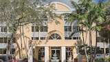 Book this Parking available Hotel in Tamarac