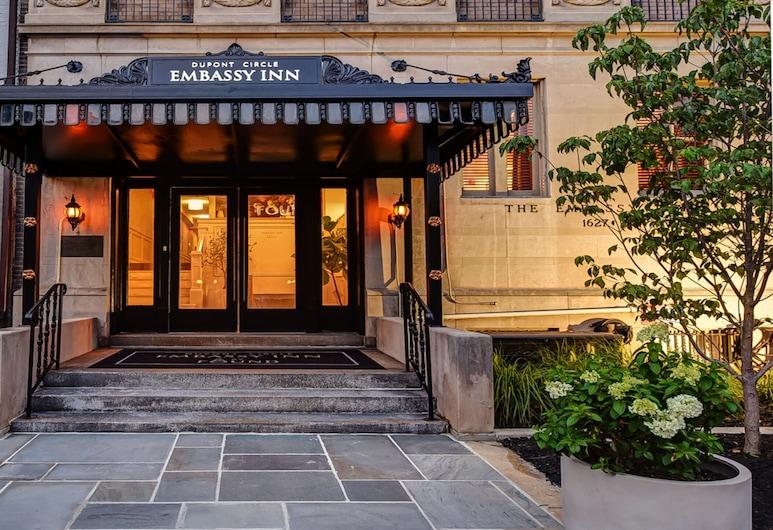 Dupont Circle Embassy Inn by FOUND, Washington, Hotellfasad - kväll